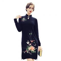 萨佐 羊毛旗袍领刺绣连衣裙