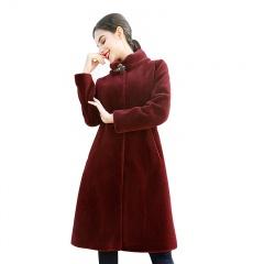 ZR女士围脖领中长款羊剪绒大衣